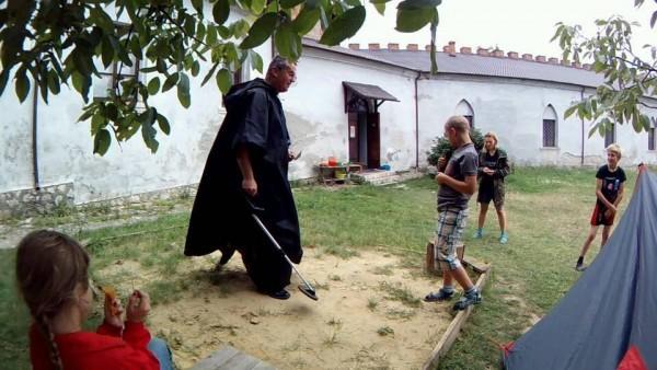 "Меджибожем мандрував ""чорний археолог"" - фото 2"