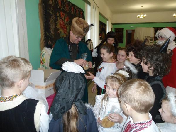 Солодкі гостинці від Меджибізької фортеці дарує Літописець
